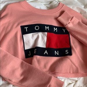 pink cropped tommy sweater